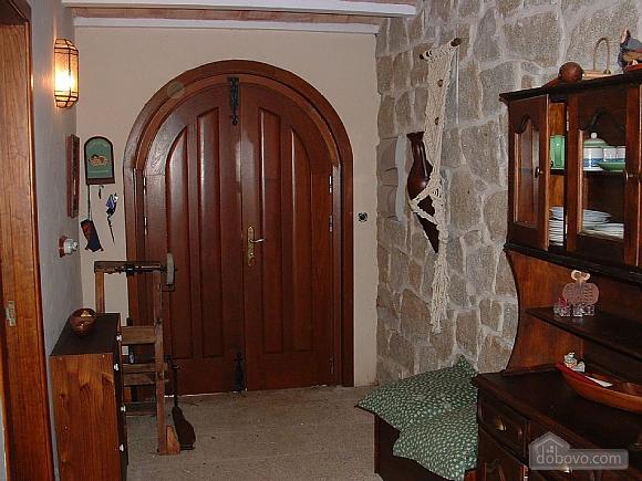 Casa Tomino, Quattro Camere (31000), 021