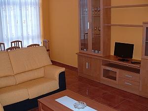 Pisos Buno, Three Bedroom, 003
