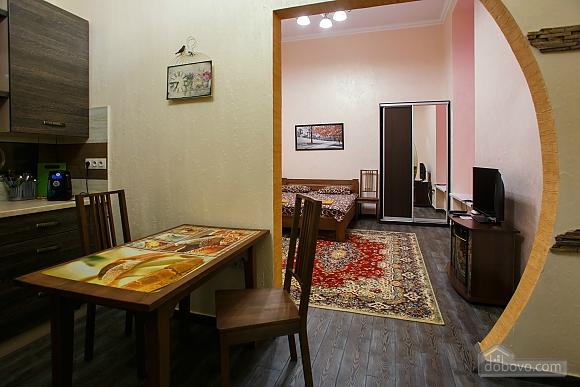 Cozy apartment in Lviv, Studio (26560), 002