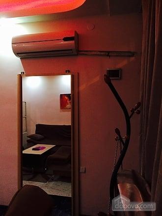 Апартаменты в Тбилиси, 1-комнатная (82394), 006