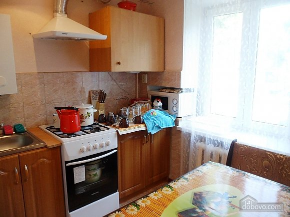 Apartment in Berdyansk, Due Camere (98810), 005