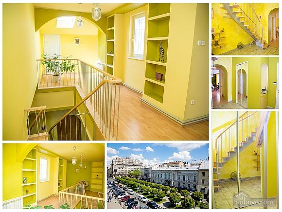 Contemporary apartment in Lviv center, Quattro Camere (79542), 007