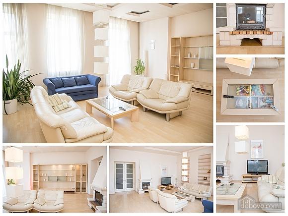 Contemporary apartment in Lviv center, Quattro Camere (79542), 010