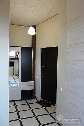 Odeska, Studio (30532), 009