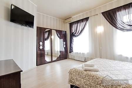 Квартира в центре, 1-комнатная (16734), 003