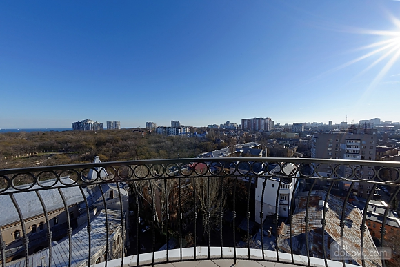 Apartment in the center of Odessa, Three Bedroom (33444), 003