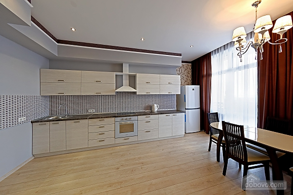 Apartment in the center of Odessa, Three Bedroom (33444), 027