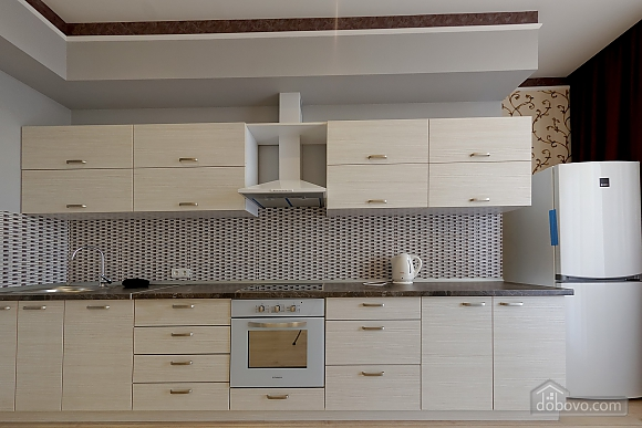 Apartment in the center of Odessa, Three Bedroom (33444), 028