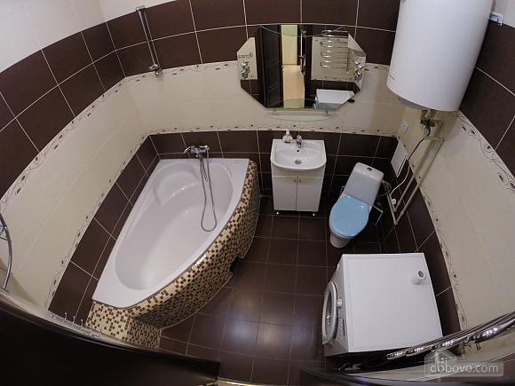 Затишна квартира в Одесі, 2-кімнатна (63596), 007