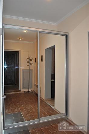 Красивая квартира в центре, 1-комнатная (40296), 005