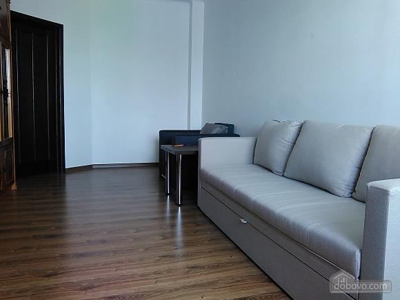 Комфортная квартира, 2х-комнатная (46862), 001