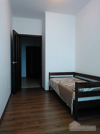 Комфортная квартира, 2х-комнатная (46862), 005