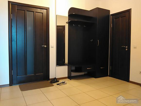 Комфортная квартира, 2х-комнатная (46862), 008