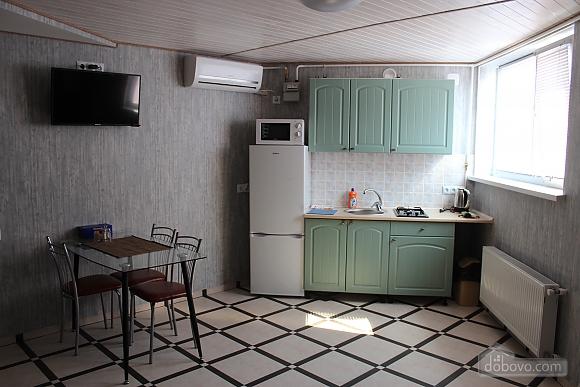 Odeska, One Bedroom (73900), 001