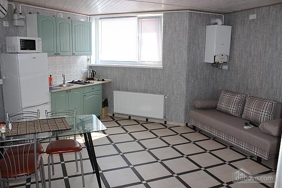 Odeska, One Bedroom (73900), 010
