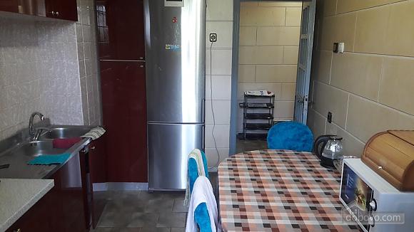 Апартаменти в Таїрова, 2-кімнатна (83922), 003