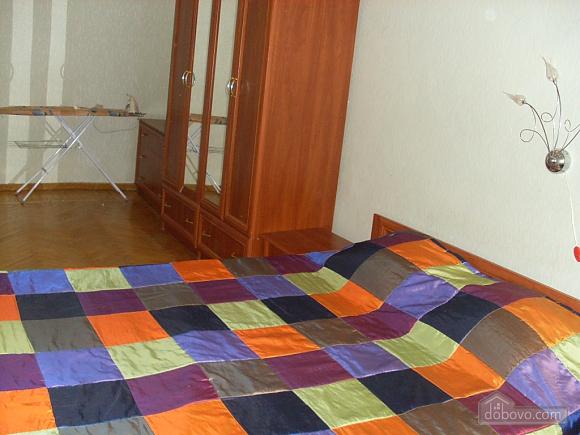 Apartment near the city garden, Un chambre (76009), 004