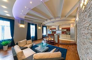 Красивая квартира люкс на Софиевской площади, 4х-комнатная, 001