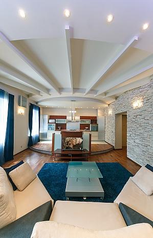 Красивая квартира люкс на Софиевской площади, 4х-комнатная, 003