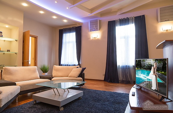 Beautiful apartment on Sofiivska square, Trois chambres (51258), 012
