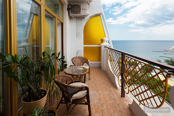 VIP-apartment in Arkadijskyi Palats overlooking the sea (2 minute walk), Zweizimmerwohnung (43070), 004