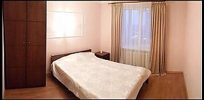 Квартира 100 метрів від метро Либідська, 2-кімнатна, 001