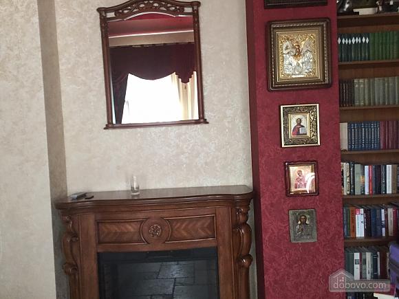 Apartment in Odessa, Fünfzimmerwohnung (32459), 010