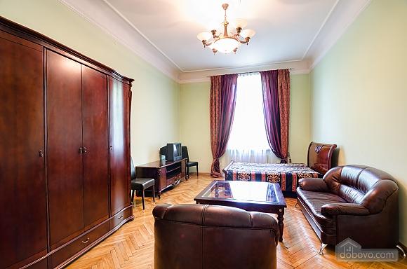 Apartment near the Dnestr hotel , One Bedroom (15346), 002