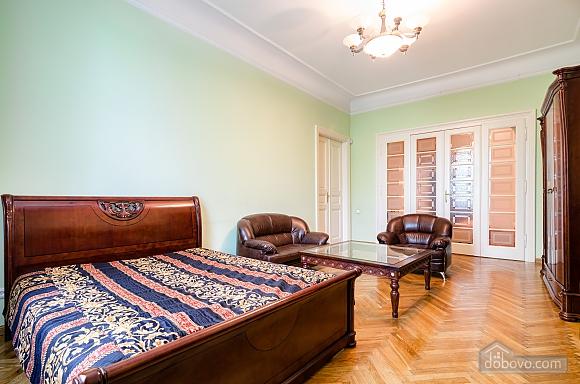 Apartment near the Dnestr hotel , One Bedroom (15346), 001