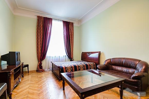 Apartment near the Dnestr hotel , One Bedroom (15346), 004