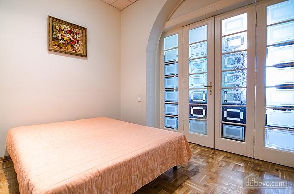 Apartment near the Dnestr hotel , One Bedroom (15346), 006