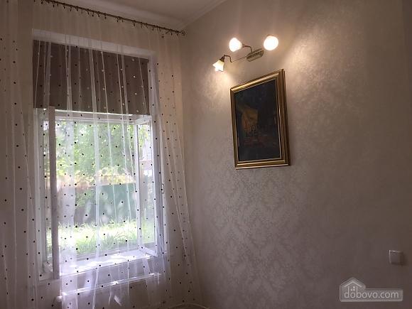 Дача в Аркадії, 3-кімнатна (13120), 005