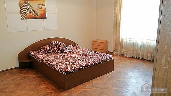 Old city center, Two Bedroom (50275), 003