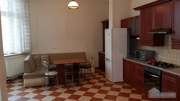 Old city center, Two Bedroom (50275), 011