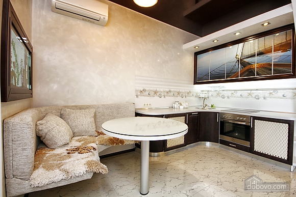 Sea in the palm of your hand, Two Bedroom (55813), 005