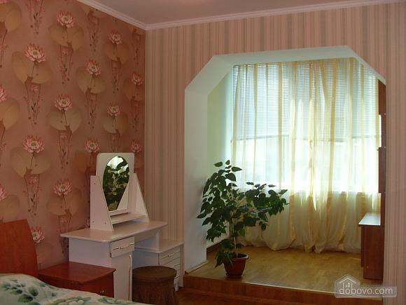 Квартира с аркой, 3х-комнатная (65885), 003