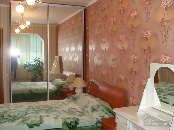 Квартира с аркой, 3х-комнатная (65885), 004