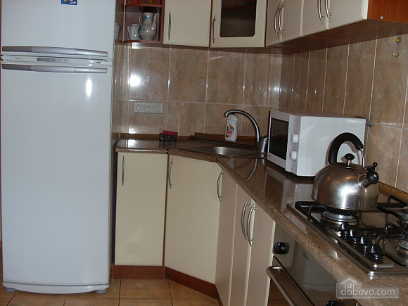 Квартира с аркой, 3х-комнатная (65885), 007