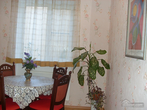 Квартира с аркой, 3х-комнатная (65885), 008