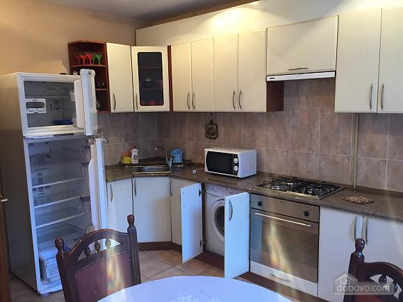 Квартира с аркой, 3х-комнатная (65885), 010