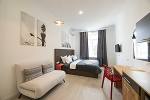 Light studio street view apartment with shower and sofa bed, Studio, 003
