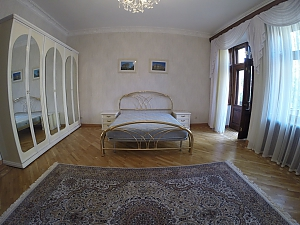 Apartment near Opera theatre, Tre Camere, 001