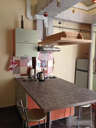 Cozy studio in a loft style in the center, Studio (58758), 006