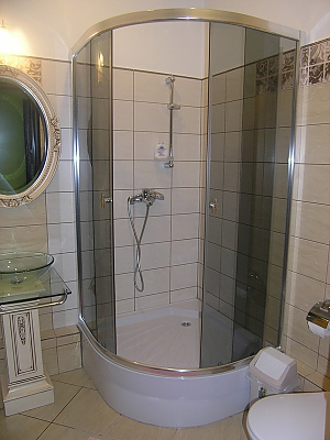 Apartment in Kharkov, One Bedroom, 008