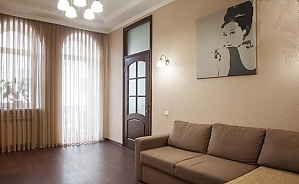 43 Hrecheskaya, One Bedroom, 002