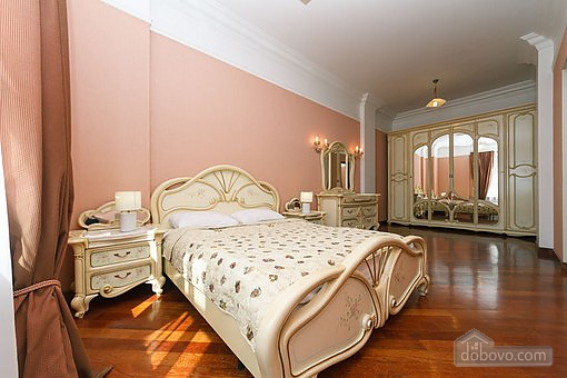 VIP apartment with Jacuzzi (94803), One Bedroom Apartment in