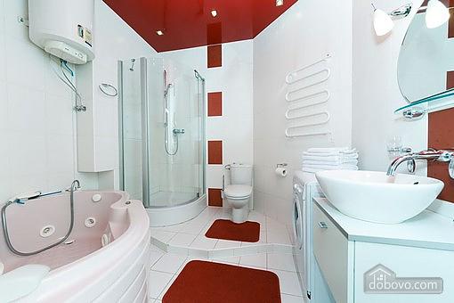 VIP квартира с джакузи, 2х-комнатная (94803), 007