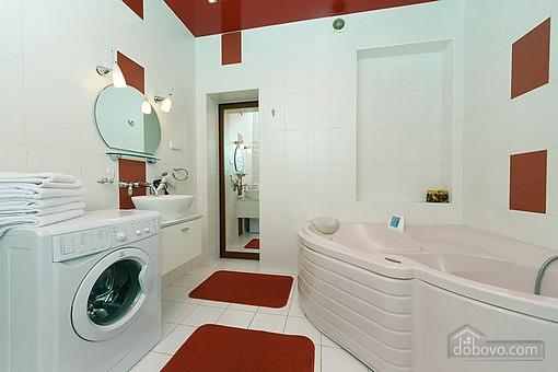 VIP квартира с джакузи, 2х-комнатная (94803), 009