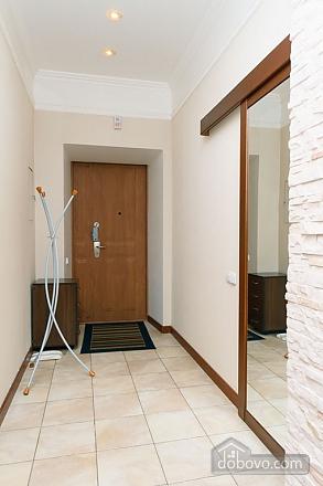 VIP квартира с джакузи, 2х-комнатная (94803), 010