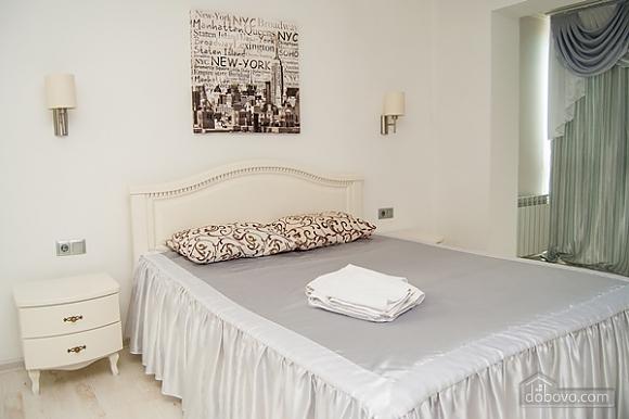 Квартира с джакузи на Оболони, 2х-комнатная (99180), 013
